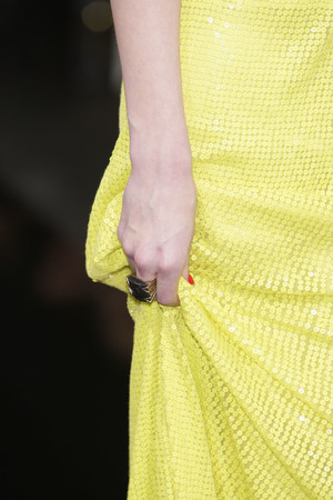 Показ Jenny Packham коллекции сезона Осень-зима 2010-2011 года prêt-à-porter - www.elle.ru - Подиум - фото 148823