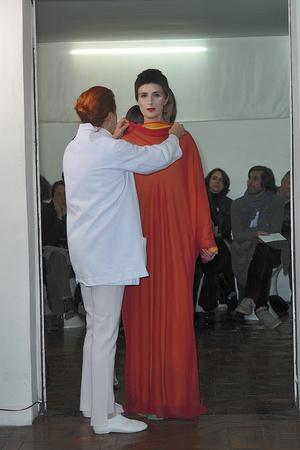 Показ Adeline Andre коллекции сезона Весна-лето 2010 года haute couture - www.elle.ru - Подиум - фото 138078