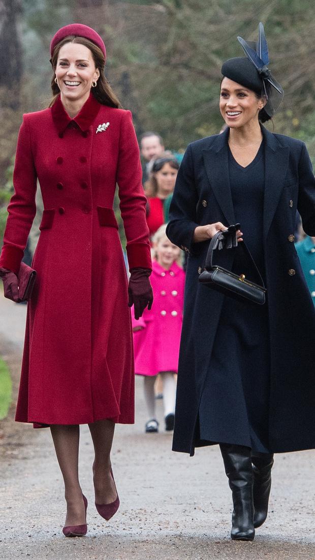 Прощай, королева: 30 лучших выходов Меган Маркл в качестве члена монаршей семьи (фото 51)