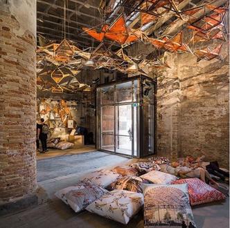 Архитектурная биеннале в Венеции. Карнавалу быть (фото 3)