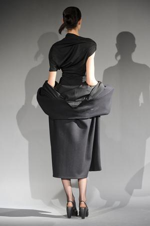 Показ Atelier Gustavo Lins коллекции сезона Весна-лето 2011 года haute couture - www.elle.ru - Подиум - фото 216131
