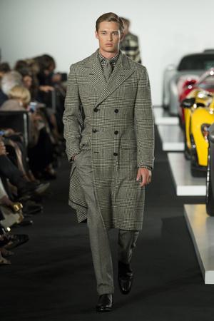 Показ Ralph Lauren коллекции сезона Весна-лето 2018 года prêt-à-porter - www.elle.ru - Подиум - фото 628151