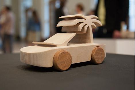 Знаменитые деревянные машинки TobeUs в Москве | галерея [1] фото [7]