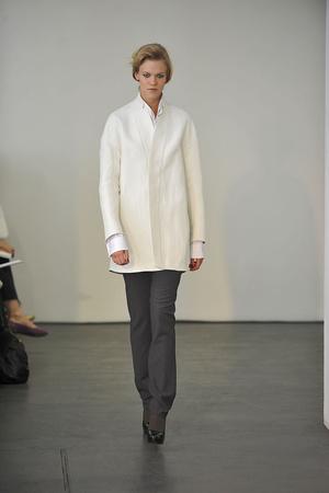 Показ Atelier Gustavo Lins коллекции сезона Осень-зима 2009-2010 года haute couture - www.elle.ru - Подиум - фото 87153