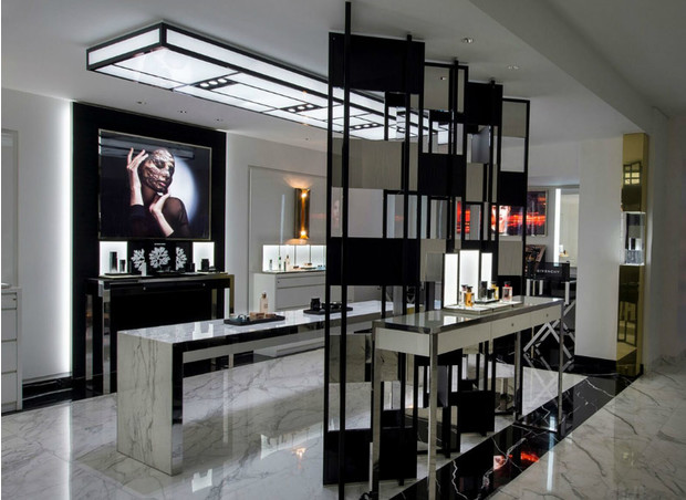 Metropole by Givenchy