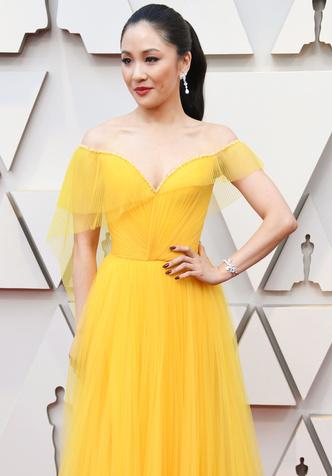 Констанс Ву в Atelier Versace на «Оскар-2019» (фото 1.2)