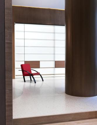 Винсент ван Дуйсен оформил бутик The Molteni Group в Нью-Йорке (фото 13.1)