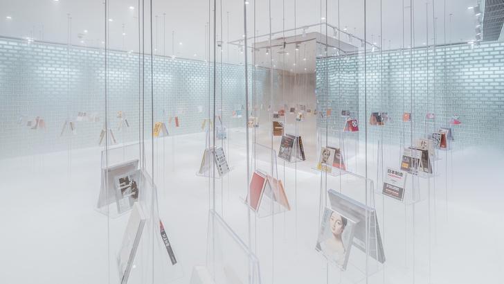 Радужный книжный магазин в Китае (фото 9)