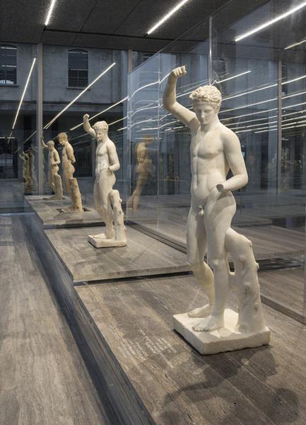Фонд Prada открывает новую арт-галерею | галерея [1] фото [9]