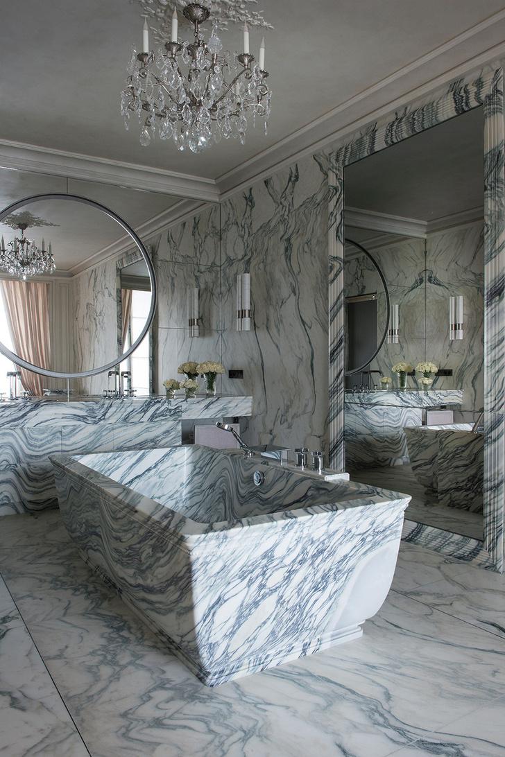 Знаменитый Hotel de Crillon вновь принимает гостей фото [9]