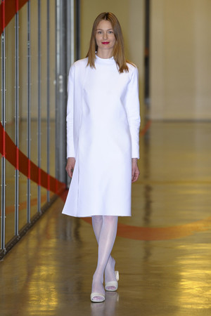 Показ Adeline Andre коллекции сезона Весна-лето 2012 года haute couture - www.elle.ru - Подиум - фото 331503