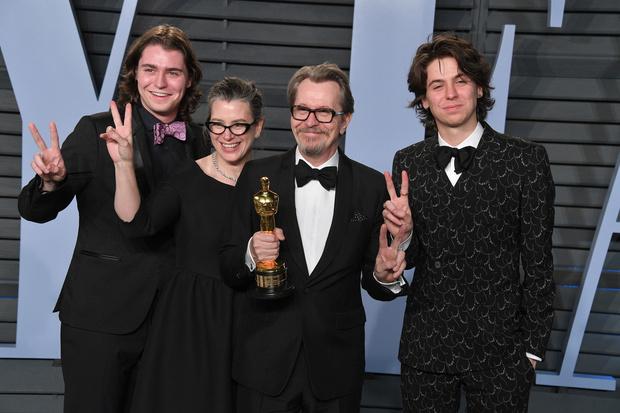 Бывшая жена Гэри Олдмана недовольна его «Оскаром» (фото 5)