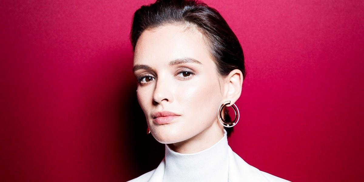 Ничего лишнего: как повторить макияж Паулины Андреевой