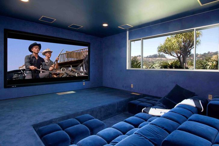 Фронтмен Maroon 5 Адам Левин продает два роскошных дома в Лос-Анжелесе фото [7]