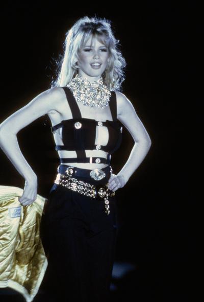 Ким Кардашьян в платье как у Донателлы Версаче на afterparty Met Gala (галерея 5, фото 1)