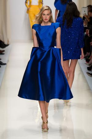 Показы мод Valentin Yudashkin Весна-лето 2014 | Подиум на ELLE - Подиум - фото 3691