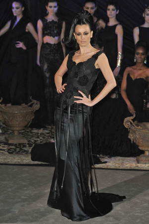 Показ Franck Sorbier коллекции сезона Весна-лето 2010 года haute couture - www.elle.ru - Подиум - фото 138799