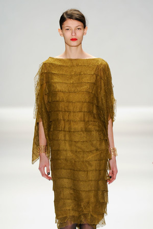 Показы мод Tadashi Shoji Осень-зима 2012-2013 | Подиум на ELLE - Подиум - фото 1740
