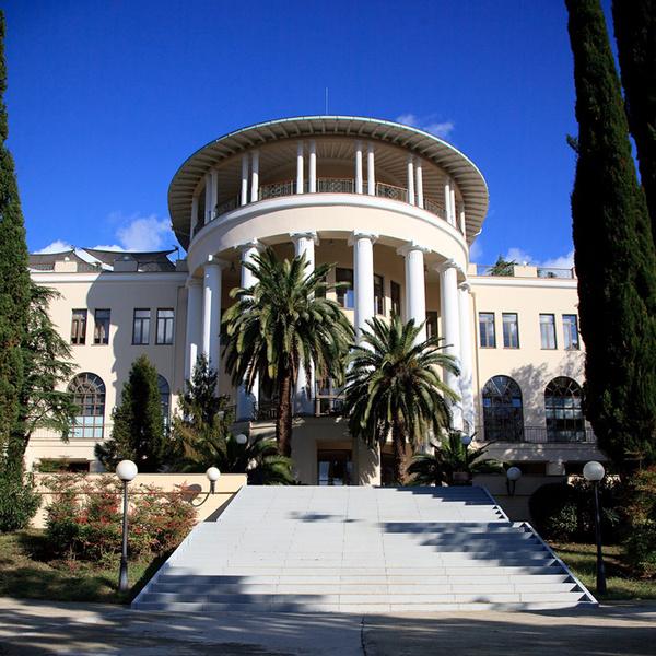 На своем берегу: лучшие отели на Черном море | галерея [2] фото [4]