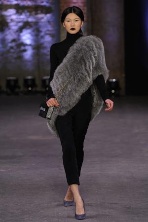 Показы мод Christian Siriano Осень-зима 2012-2013 | Подиум на ELLE - Подиум - фото 1704