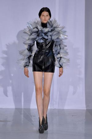 Показ  коллекции сезона Осень-зима 2011-2012 года Haute couture - www.elle.ru - Подиум - фото 276986