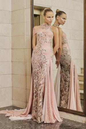 Показ Atelier Versace коллекции сезона Весна-лето  2017 года Haute couture - www.elle.ru - Подиум - фото 616878