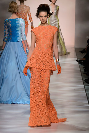 Показ Georges Chakra коллекции сезона Весна-лето 2015 года Haute couture - www.elle.ru - Подиум - фото 593379