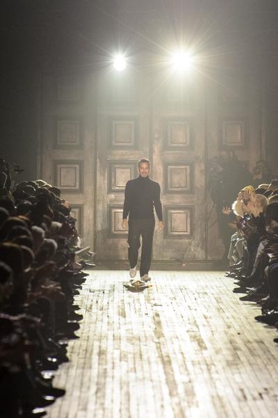 Кайя Гербер на показе Marc Jacobs (галерея 1, фото 50)