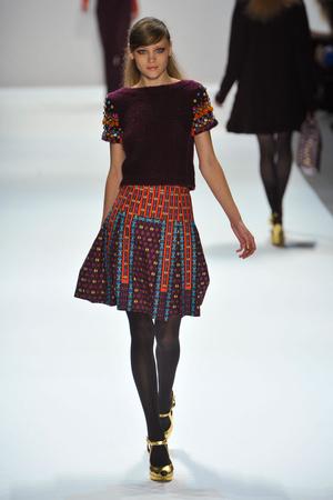 Показы мод Nanette Lepore Осень-зима 2012-2013 | Подиум на ELLE - Подиум - фото 1634