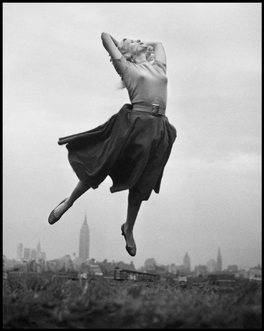 Открывается выставка Филиппа Халсмана «Прыжок»   галерея [1] фото [3]
