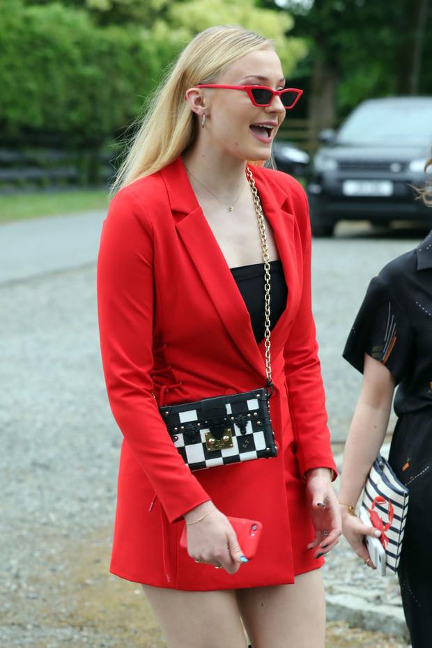 «Это был мой худший выход»: о каком наряде сожалеет Софи Тернер (фото 1)