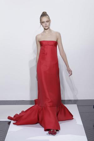 Показ Valentino коллекции сезона Осень-зима 2010-2011 года haute couture - www.elle.ru - Подиум - фото 168363