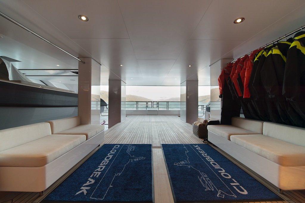 Морская прогулка: парусники и яхты от известных дизайнеров | галерея [7] фото [1]