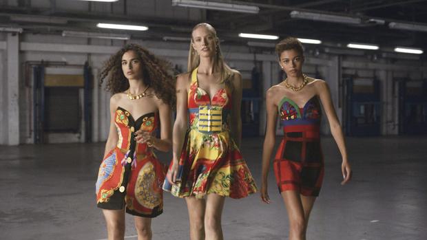 КОЛЛЕКЦИИ ДЖАННИ ВЕРСАЧЕ Versace фото