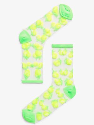 Микротренд: кроссовки + прозрачные носки (фото 7.2)