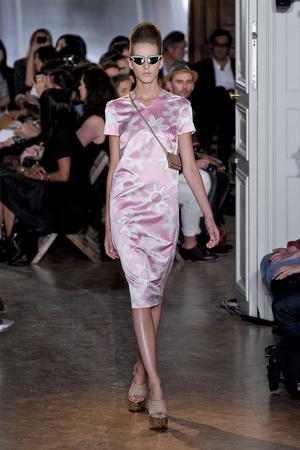Показы мод Rochas Весна-лето 2012 | Подиум на ELLE - Подиум - фото 1841