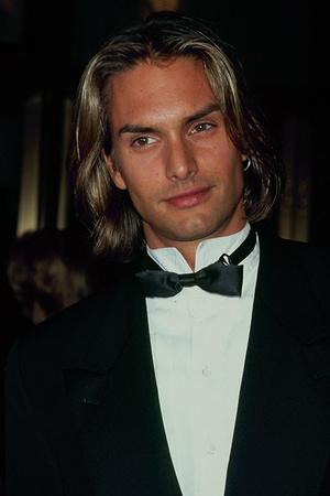 10 самых красивых мужчин-моделей всех времен (фото 2)
