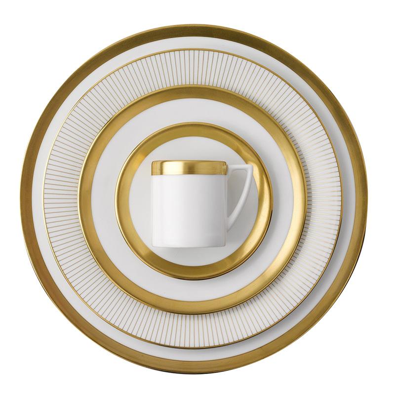 Сервиз Gold, дизайн Джаспера Конрана, Wedgwood, магазины «Гледиз», «Криспар».