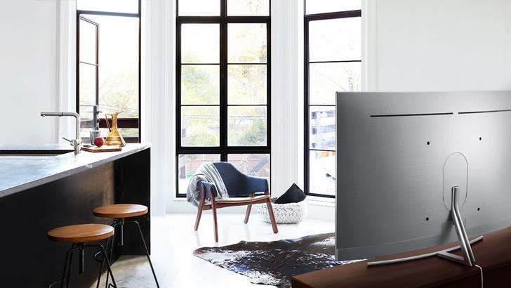 Новый изогнутый телевизор Samsung QLED