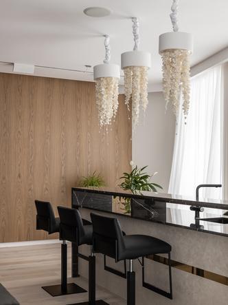 Латунь и мрамор: квартира 250 м² в Ульяновске (фото 1)