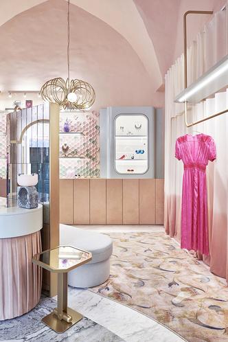 Нежно-розовый бутик по дизайну Кристины Челестино (фото 12.2)