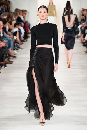 Показы мод Ralph Lauren Весна-лето 2015 | Подиум на ELLE - Подиум - фото 4097