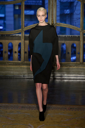 Показы мод Amaya Arzuaga Осень-зима 2013-2014 | Подиум на ELLE - Подиум - фото 596