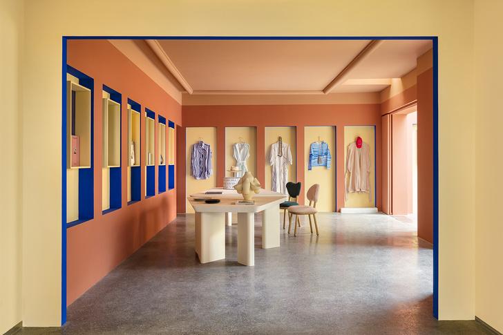 Сувенирный магазин по дизайну Пьера Йовановича в арт-центре Villa Noailles (фото 7)