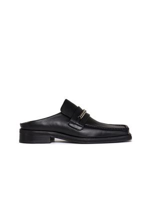 Лоферы — идеальная обувь для весенних прогулок. Какие купить и с чем носить? (фото 8.1)