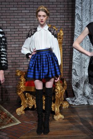 Показ Alice Olivia by Stacey Bendet коллекции сезона Осень-зима 2013-2014 года prêt-à-porter - www.elle.ru - Подиум - фото 489417