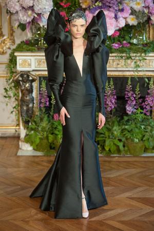 Показ Alexis Mabille коллекции сезона Осень-зима 2013-2014 года Haute couture - www.elle.ru - Подиум - фото 556531