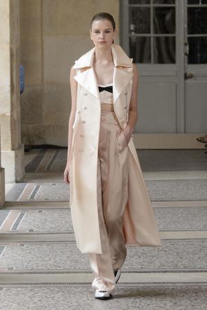 Показ Bouchra Jarrar коллекции сезона Осень-зима 2015-2016 года haute couture - www.elle.ru - Подиум - фото 597485