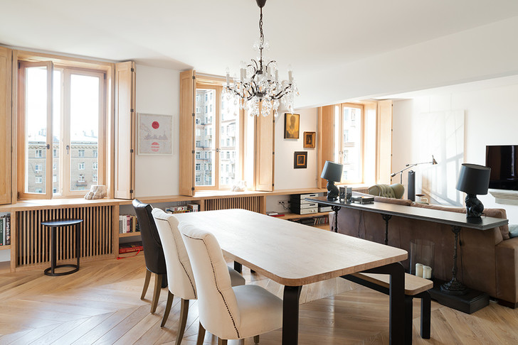 Московский минимализм: светлая квартира с деревянными ставнями (фото 3)