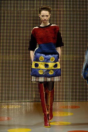 Показ Louise Gray коллекции сезона Осень-зима 2011-2012 года Prêt-à-porter - www.elle.ru - Подиум - фото 236843